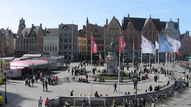 the view of Markt (the main square) from Duvelorium's balcony