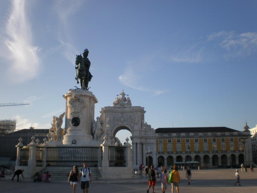 the Comercio square