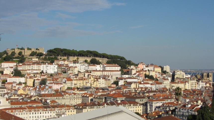 the view of the castle from the Miradouro
