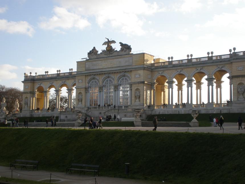 Glorietta just opposite the Schonbrunn palace
