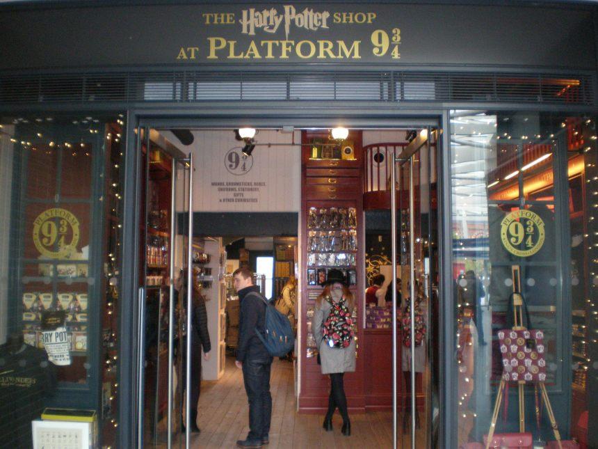 Harry Potter shop at King's Cross station