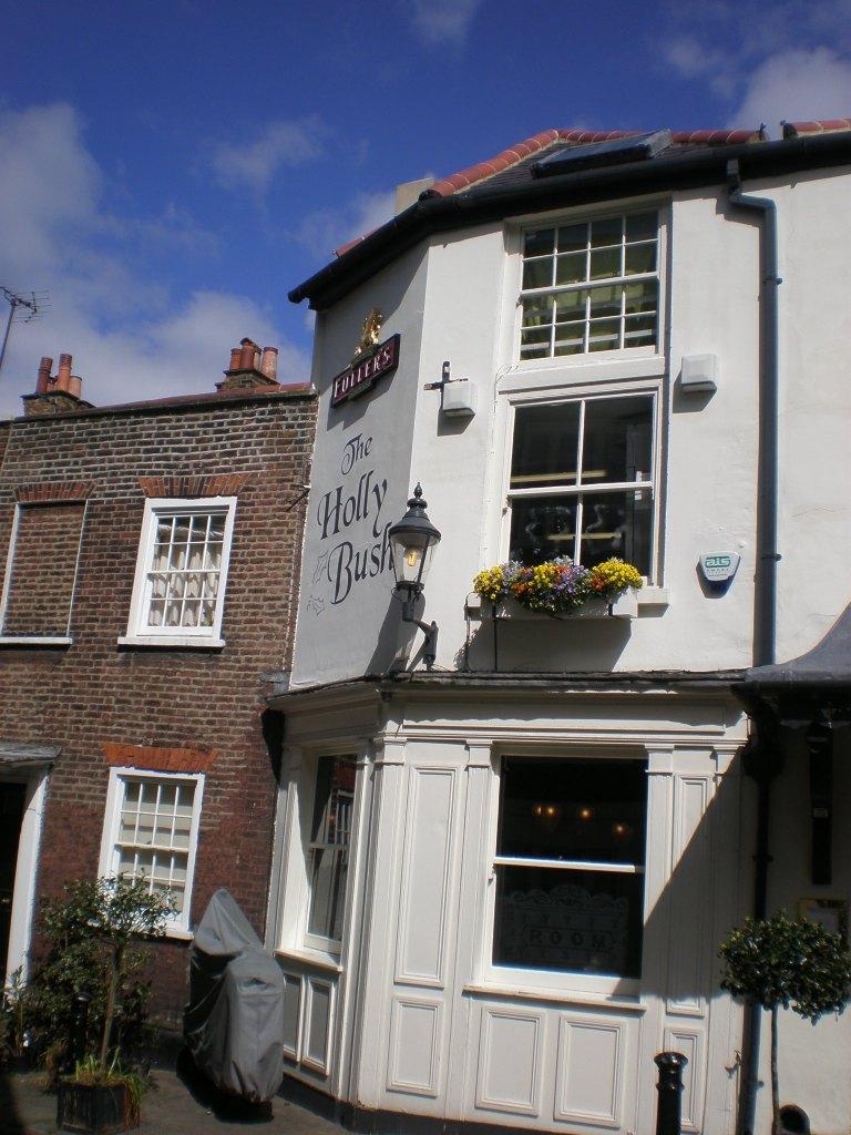 Holly Bush pub, London