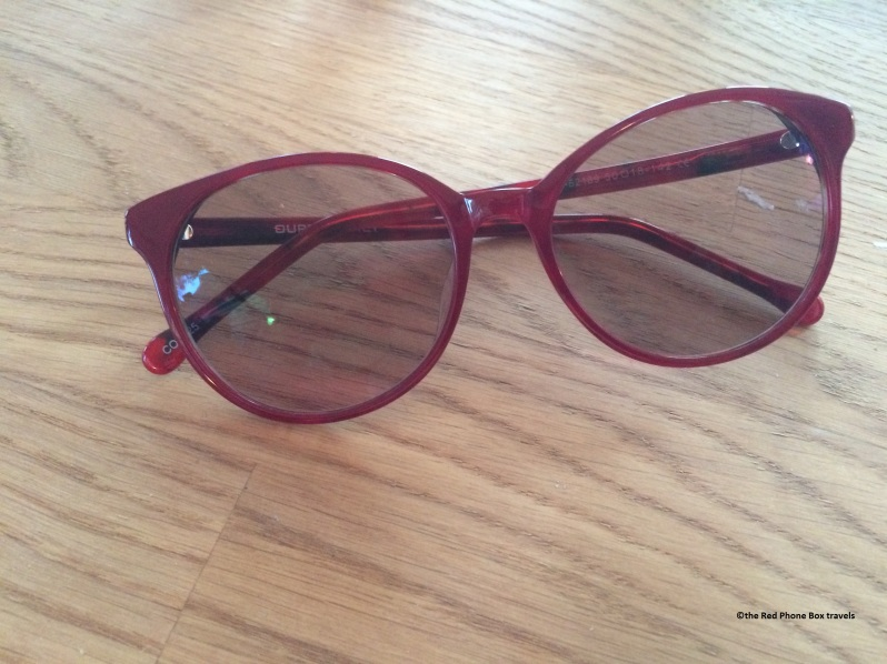 Jean Round-red sunglasses by GlassesShop.com