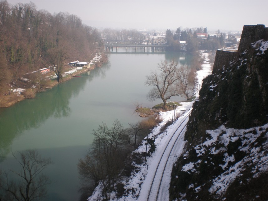 River Kupa and castle walls
