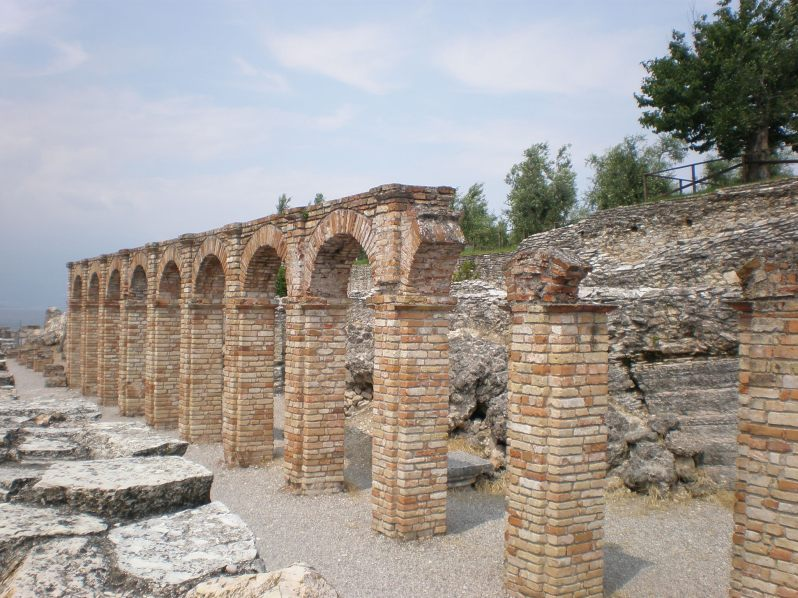 Grottoes of Catullus