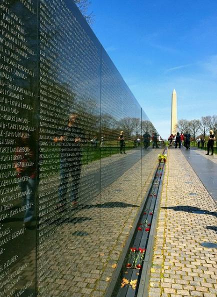 vietnam-veterans-memorial-roadunraveled
