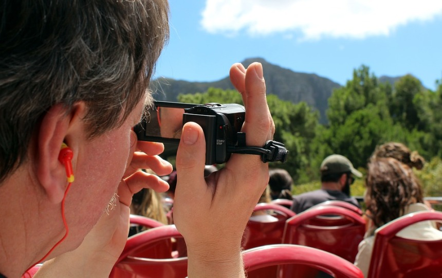 Webcam Video Holiday Bustour Sightseeing Man