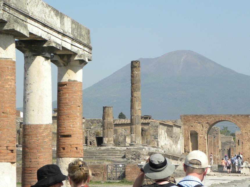 pompeii-2823908_1920