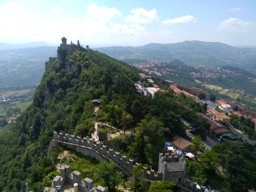 viewofsecondtowersanmarino