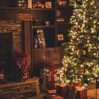 12 Best Christmas Songs