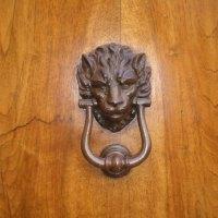 Thursday doors: doors from Italy